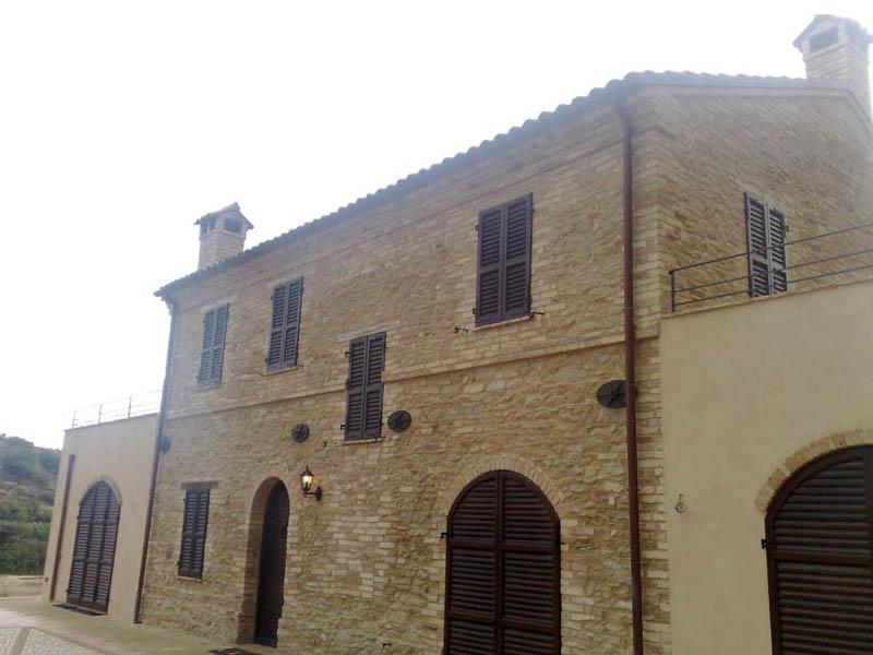 2006: Fattoria Anna, Massignano (AP) - CLEMENTONI COSTRUZIONI Imprese edili Corropoli (Teramo ...